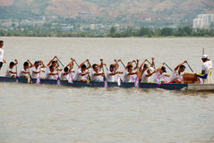 Paddle dragon boat Stock Photography