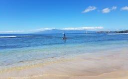 Paddleboarder в Мауи Стоковая Фотография RF