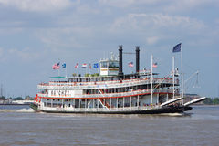 Paddleboat eller riverboat royaltyfri bild