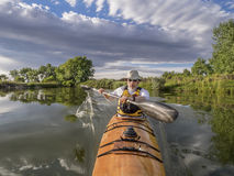 Paddling sea kayak Royalty Free Stock Photos