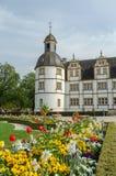 Paderborn, com o completo das flores imagens de stock