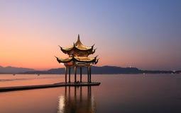 Padiglione ad ovest Hangzhou Cina del lago Immagini Stock Libere da Diritti