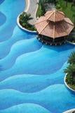 Padiglione e piscina Fotografie Stock Libere da Diritti