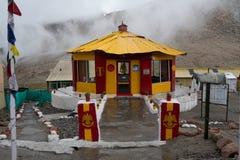 Padiglione militare di più alta strada motorable di Chang La Pass secondo nel mondo immagini stock