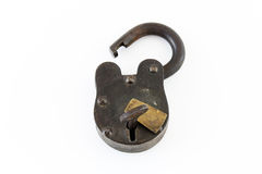 Padlock утюга антиквариата с ключом стоковые фото