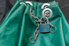 Padlock with chain Royalty Free Stock Photos