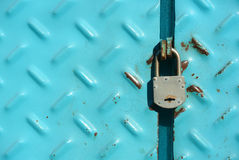 Padlock on industrial door Royalty Free Stock Photos