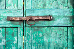 Padlock on old door Royalty Free Stock Photos