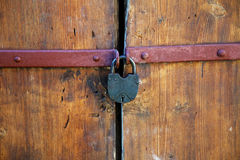 The padlock on an old  door Royalty Free Stock Image
