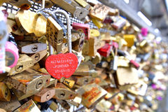 Padlocks влюбленности, Париж Стоковые Фотографии RF
