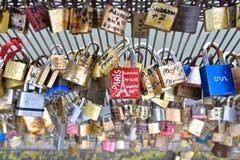 Padlocks влюбленности, Париж Стоковое фото RF