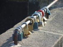 padlocks red Fotografering för Bildbyråer