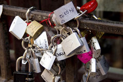 Padlocks, symbols of love in Julia's yard in Verona Stock Photography