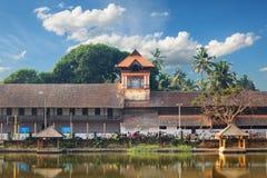 Padmanabhapuram slott framme av den Sri Padmanabhaswamy templet i Trivandrum Kerala Indien arkivbilder