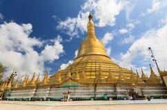 Padoda de Shwemawdaw, Myanmar Imagens de Stock Royalty Free