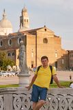 Padova,意大利 广场de普拉托della的瓦尔男性游人在帕多瓦 免版税库存照片