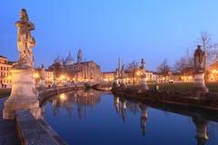 Padova på natten Royaltyfria Foton