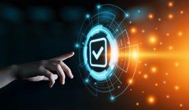 Padrão - conceito da tecnologia do negócio do Internet da garantia da segurança da certificação do controle da qualidade foto de stock