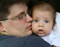 Padre con un bambino Fotografia Stock Libera da Diritti