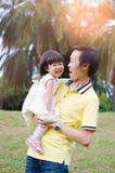 Padre e figlia asiatici immagini stock