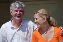 Padre e figlia felici e attraenti Fotografie Stock