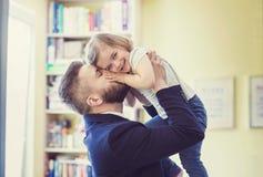 Padre e hija imágenes de archivo libres de regalías