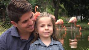 Padre e hija almacen de metraje de vídeo