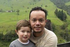 Padre e ragazzo del genitore immagini stock