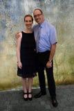 Padre elegante vestito e sua figlia Immagini Stock