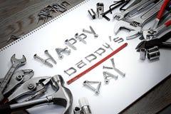 Padre feliz Day Words creado por los tornillos, los clavos, el etc. Imagen de archivo libre de regalías