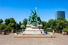 Padre Rhine, monumento delle figlie, Dusseldorf immagine stock