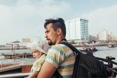 Padre turistico And Son fotografie stock