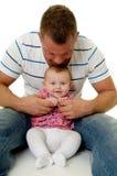 Padre y bebé felices Imágenes de archivo libres de regalías