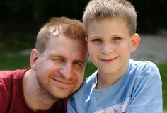 Padre y hijo Imagen de archivo libre de regalías