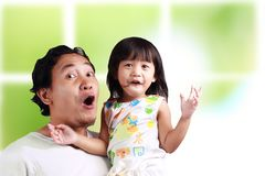 Padre y su hija que se divierten imágenes de archivo libres de regalías