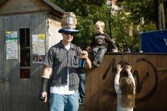 Padre y sus niños Imagen de archivo libre de regalías