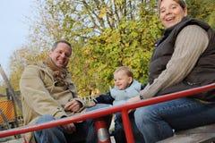 Padres con el hijo Fotos de archivo libres de regalías