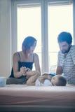Padres con su hijo Fotografía de archivo libre de regalías