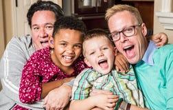 Padres gay con los niños Imágenes de archivo libres de regalías