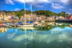 Padstow les Cornouailles Angleterre R-U avec des bateaux dans HDR coloré brillant Photo libre de droits