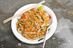 Padthai noodle on plastic dish Royalty Free Stock Photography