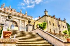 Padua, Itália, o 23 de abril de 2017 - escadaria externo do Catajo fotos de stock