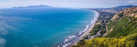 Paekakariki-Hügel-Straßen-Ausblick, Neuseeland stockfotos