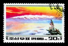 Paektu, 50th aniversário de Kim Jong Il: Serie das montanhas de Paektu, cerca de 1992 Imagens de Stock
