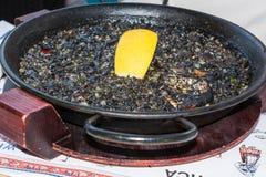 Paella de noir de nègre d'Arroz Photographie stock libre de droits