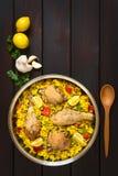 Paella espagnole de poulet Image stock