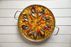 Paella met mosselen Stock Foto's