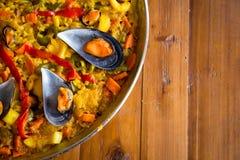Paella mit Miesmuscheln Lizenzfreies Stockfoto