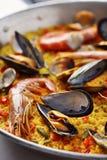 Paella spagnola tipica dei frutti di mare Fotografia Stock Libera da Diritti