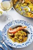 Paella spagnola tipica dei frutti di mare Fotografie Stock